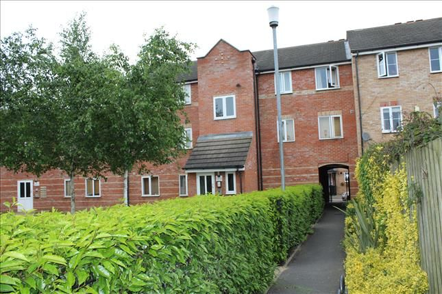 Thumbnail Flat for sale in Crompton Street, Chelmsford