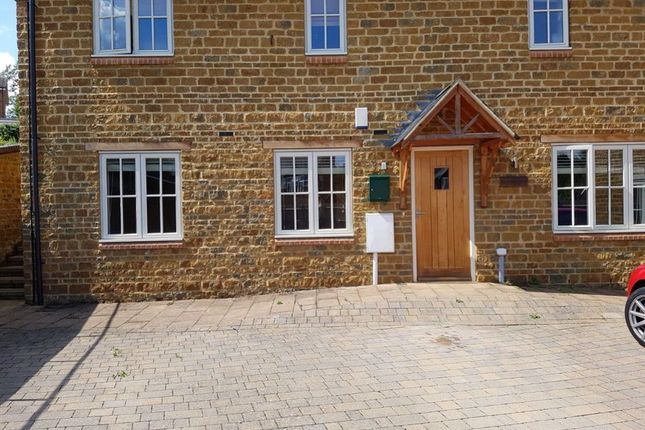 Thumbnail Cottage to rent in Stoneway, Badby, Northants