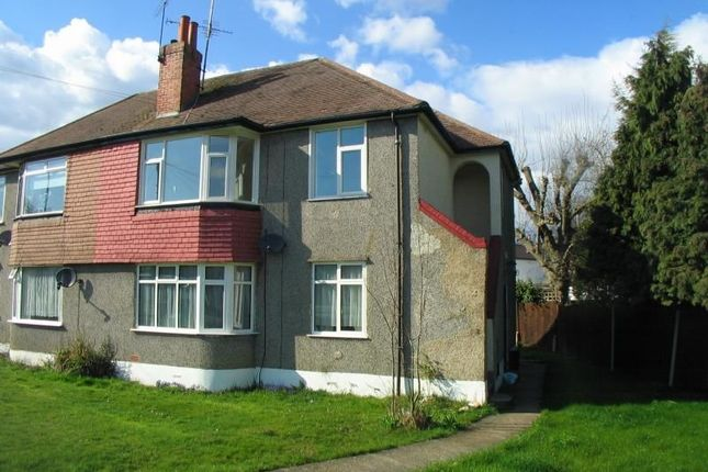 Thumbnail Flat to rent in Cray Valley Road, Orpington
