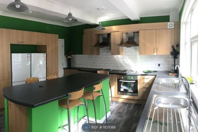 Room to rent in Cotton Street, Wakefield WF2