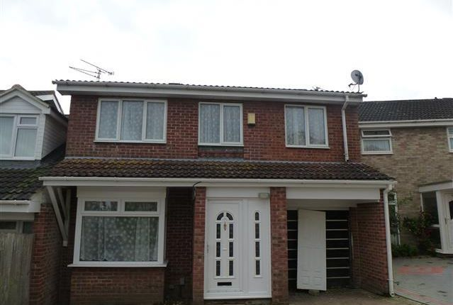 Thumbnail Property to rent in Beverley, Toothill, Swindon