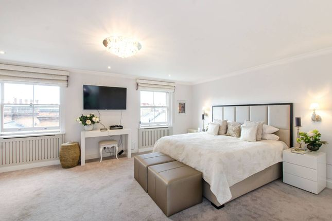 Thumbnail Flat for sale in Cadogan Gardens, Chelsea