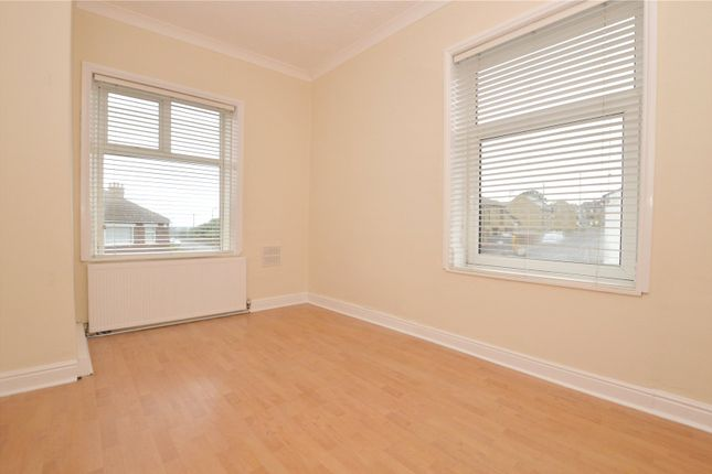 Picture No. 06 of Smalewell Road, Pudsey, West Yorkshire LS28