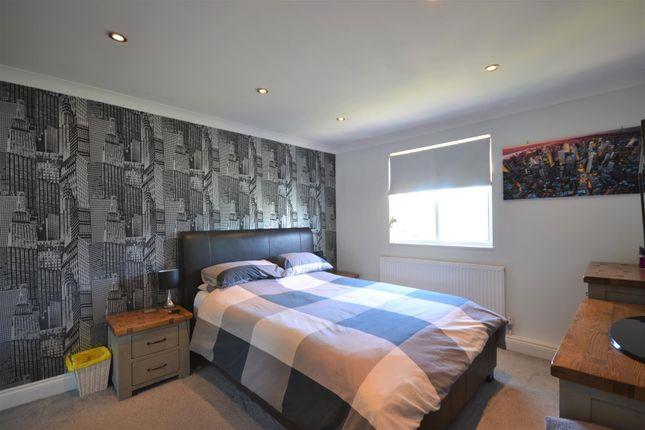 Bed 1 of Hewers Way, Tadworth KT20