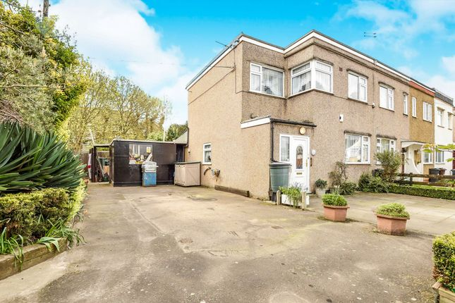 End terrace house to rent in Fernside Avenue, Feltham