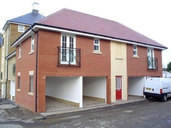 Thumbnail Maisonette for sale in Great Baddow, Chelmsford, Essex