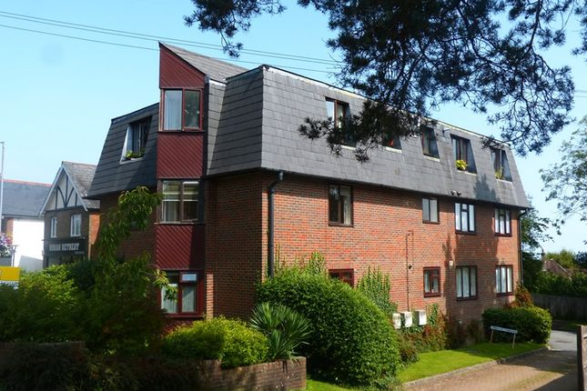 Thumbnail Flat for sale in Croft Road, Crowborough