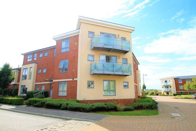 Thumbnail Flat to rent in Darwin Rise, Northfleet, Gravesend