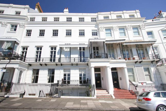 Thumbnail Flat To Rent In Lewes Crescent Brighton