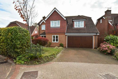 Thumbnail Detached house for sale in Greyfriars Drive, Bromsgrove