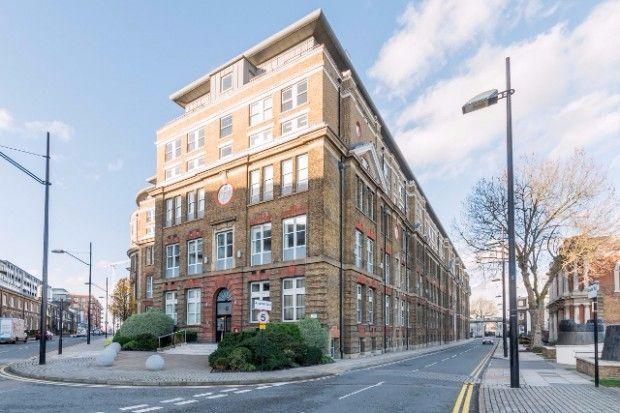 Thumbnail Flat to rent in Cadogan Road, Royal Arsenal, London