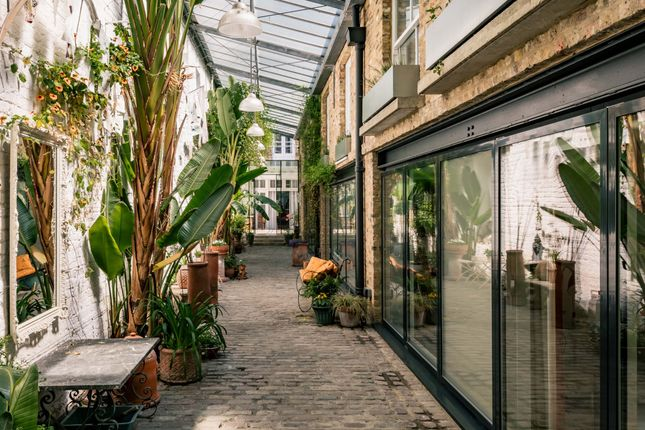 Thumbnail Mews house for sale in St. Stephen's Yard, Chepstow Road, London