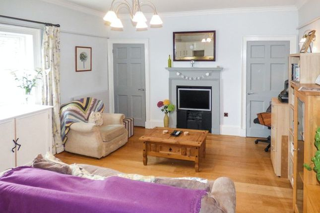 Thumbnail Flat for sale in Crofts Lane, Ross-On-Wye