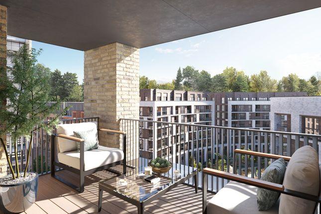 Thumbnail Flat for sale in Larkwood Avenue, London