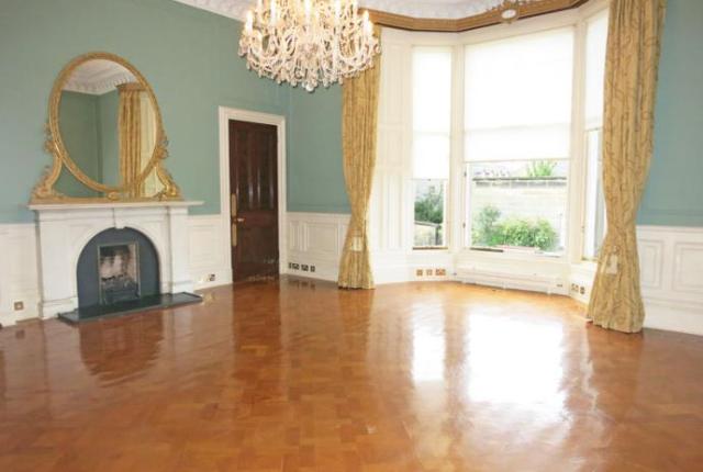 2 bed flat to rent in Buckingham Terrace, Edinburgh