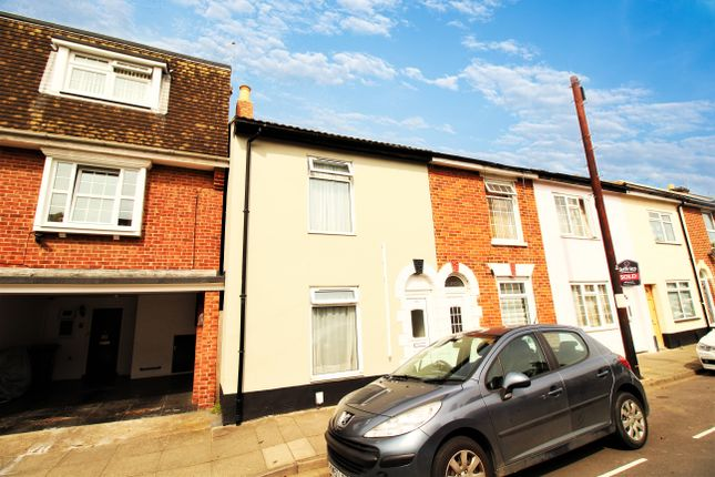 Thumbnail Terraced house to rent in Napier Road, Southsea