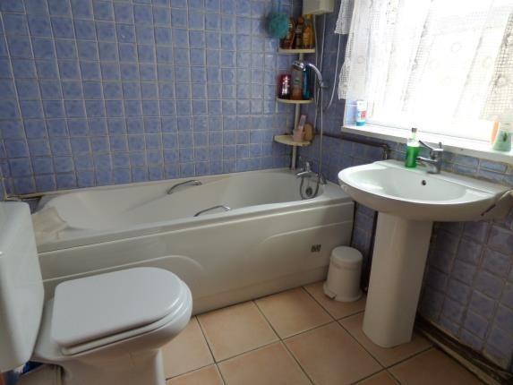 Bathroom of Solihull Road, Sparkhill, Birmingham, West Midlands B11