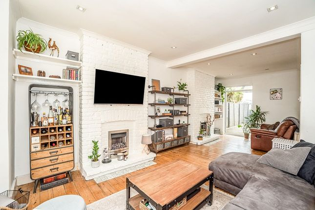 Thumbnail Terraced house for sale in Fearon Street, London