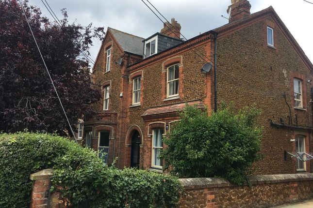 Studio to rent in Avenue Road, Hunstanton PE36