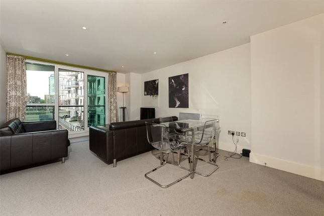 Thumbnail Property to rent in Ensign House, St George Wharf, Vauxhall, London