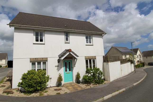 Thumbnail Detached house for sale in Bosnoweth, Helston