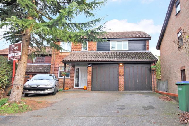 Thumbnail Detached house to rent in Lambourne Drive, Locks Heath, Southampton