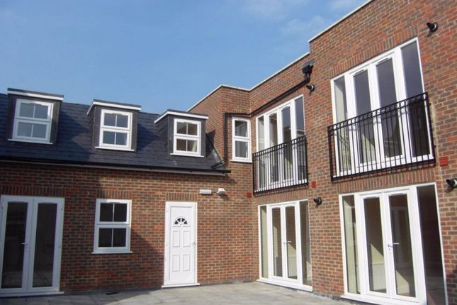 1 bed flat to rent in Darby Drive, Waltham Abbey
