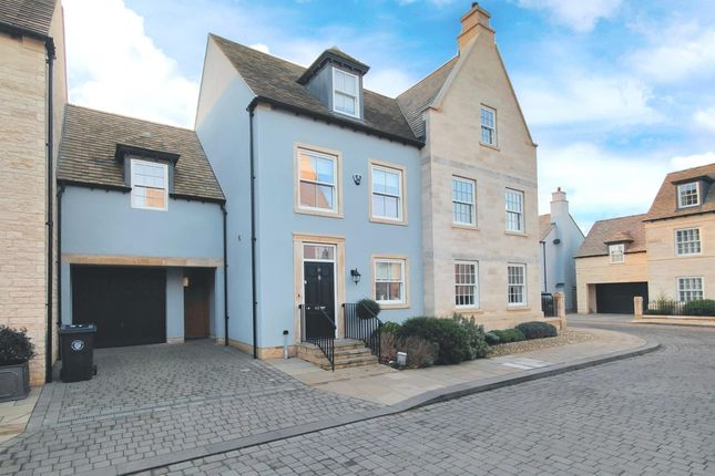 Thumbnail Town house for sale in Hereward Place, Stamford