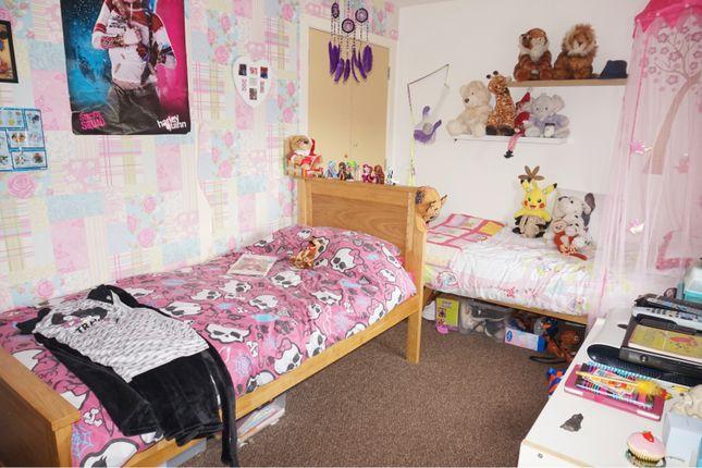 Bedroom Two of Wood Street, Grangemouth FK3