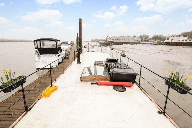 Thumbnail Houseboat for sale in Hoo Marina, Marine Drive, Rochester