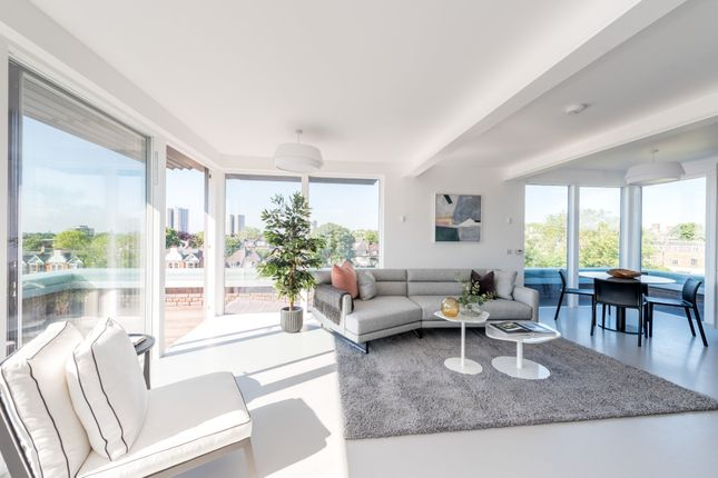 Thumbnail Flat for sale in Antrim Grove, London