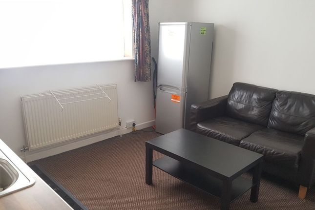 Thumbnail Terraced house to rent in Baden Road, Leicester, Leicestershire