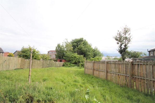 Garden of Liggat Place, Broxburn EH52
