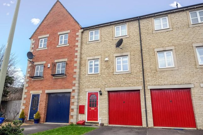 Thumbnail Town house to rent in Bure Park, Bicester