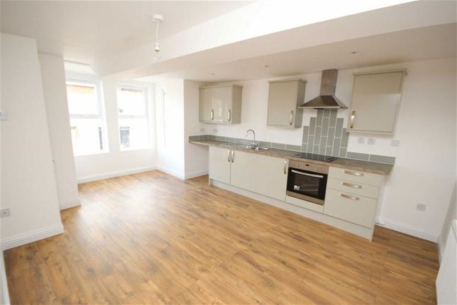 Thumbnail Flat to rent in High Street, Royal Wootton Bassett, Wiltshire