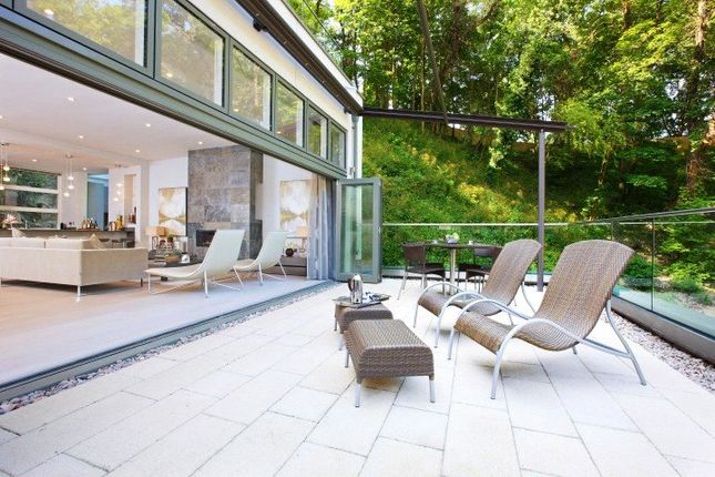 Thumbnail Property to rent in Chantry Quarry, Guildford, Surrey