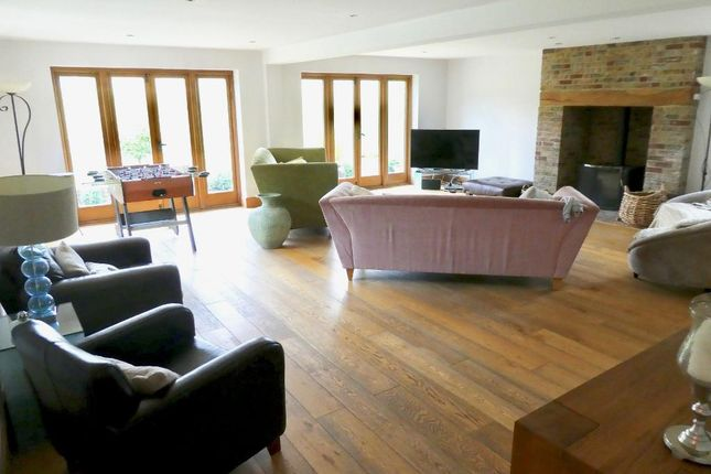 Thumbnail Detached house to rent in Lower Road, East Farleigh, Maidstone