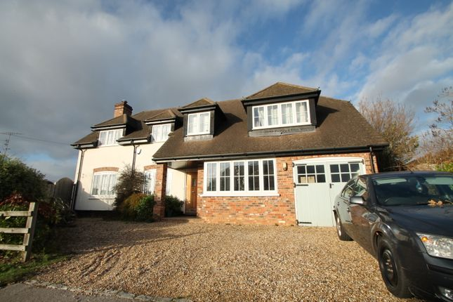 Thumbnail Detached house to rent in Caroline Drive, Wokingham, Berkshire