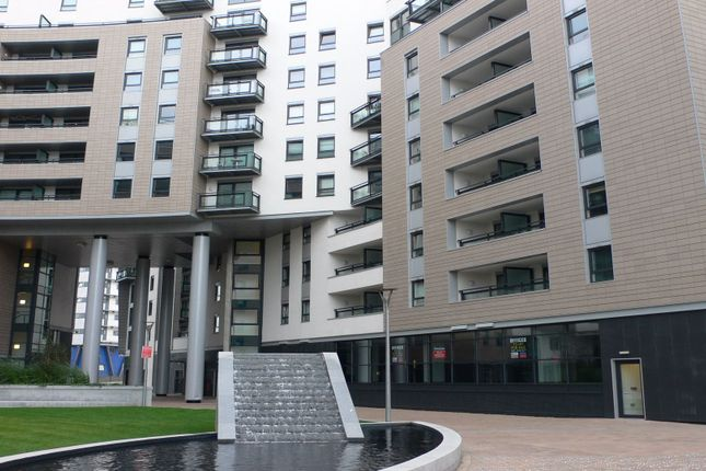 Thumbnail Flat to rent in The Gateway East, Marsh Lane, Leeds, West Yorkshire