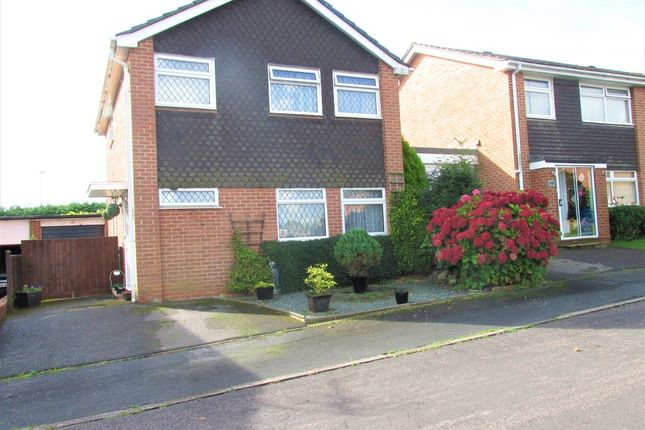 Thumbnail Detached house for sale in Cranbourne Park, Hedge End, Southampton