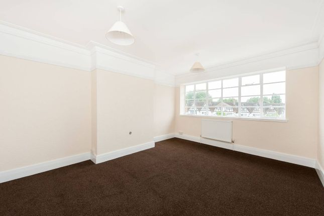 Thumbnail Flat to rent in Imperial Drive, West Harrow