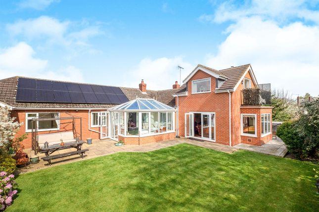 Thumbnail Detached house for sale in Fishpond Lane, Egginton, Derby
