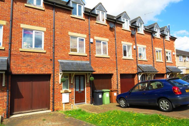 Thumbnail Property to rent in Well Street, Finedon, Wellingborough