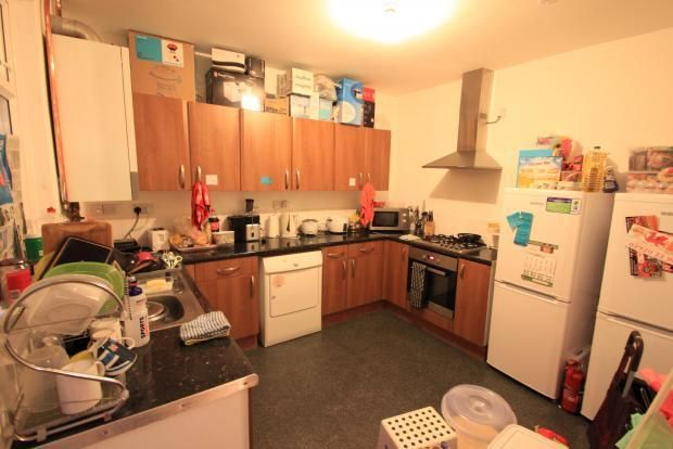 5 bed terraced house to rent in Cathays Terrace, Cathays, Cardiff