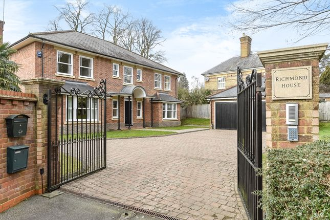 Thumbnail Property to rent in London Road, Ascot