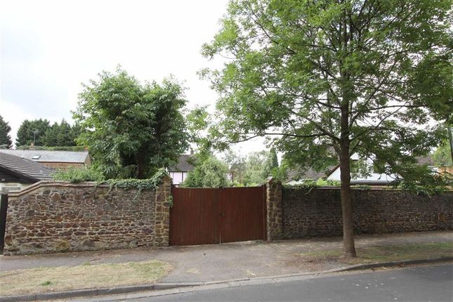 Land For Sale In Heath Park Road Leighton Buzzard