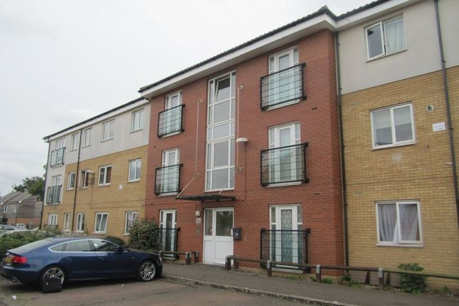 2 bed flat for sale in Bromhall Road, Dagenham