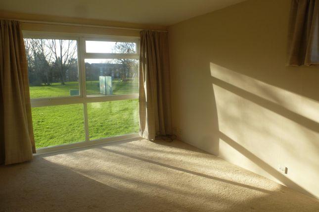 2 bed flat to rent in Milton Dene, Woodhall Farm, Hemel Hempstead