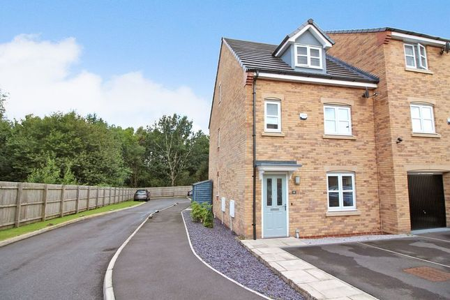 Thumbnail Semi-detached house to rent in Travers Street, Salford
