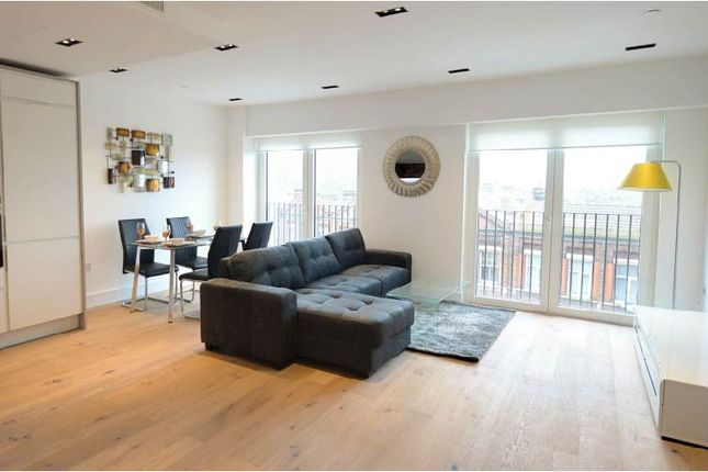 2 bed flat for sale in 2 Exchange Gardens, London SW8
